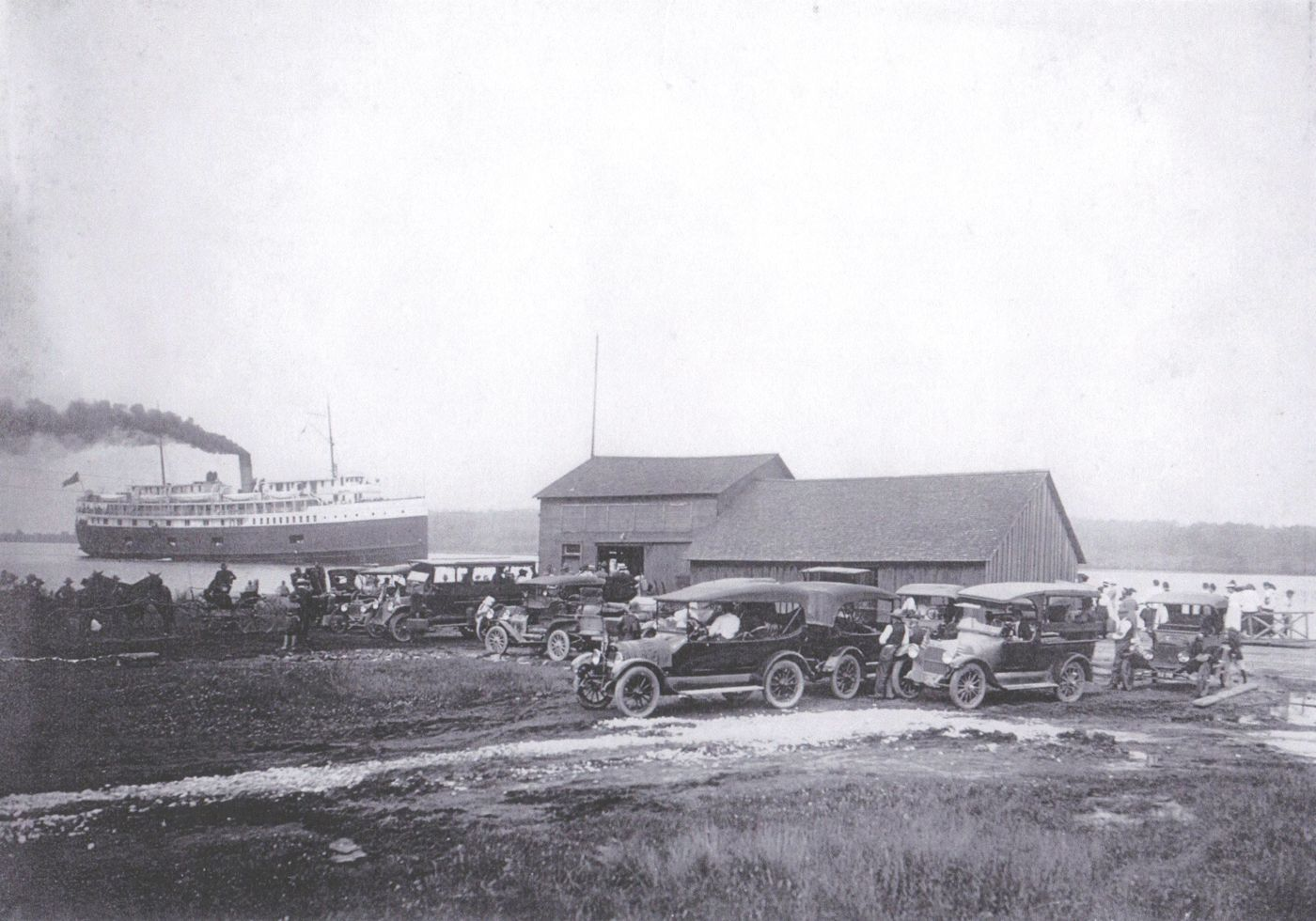 Picture of Whitehall docks in construction