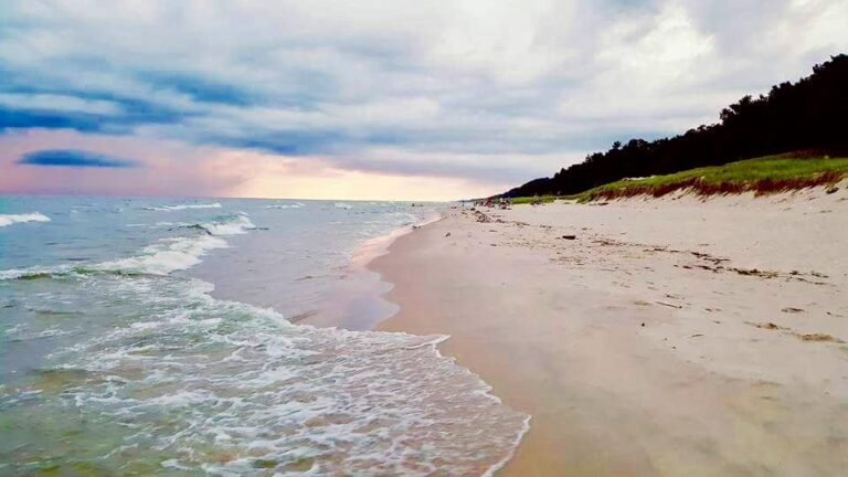 Picture from hoffman state park in norton shores michigan